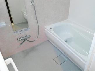 バスルームリフォーム 節水仕様で家計も嬉しい!爽やかな気分になれるバスルーム