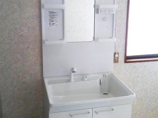 小工事 賃貸でご利用される方のために、使い勝手の良さを重視した洗面台