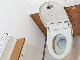 トイレリフォーム見た目すっきり、明るくきれいなトイレ
